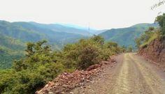 Shiyalongubo Pass                              Jaco Britz