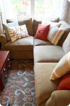 Comfy Sectional + Durable Color + Punchy Pillows = Please drop this off at my house :)
