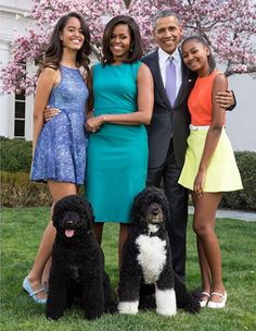 NIGERIAN TOP SECRET: Barack Obama, Michelle, their daughters and their ...