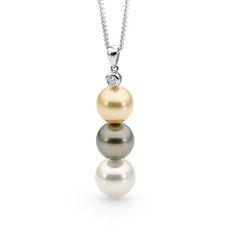 18ct Gold 3 Pearl & Diamond Pendant