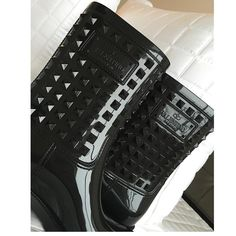 Valentino Rockstud rubber short rain boots sz 38 Valentino Rockstuds 100% authentic. Comes from smoke free home . Has been used 1 time . Good for snow or rain or just fashion . Looks brand new . Still in stores and popular . Rare and hard to find . Retail for 455$ . Minor rubbed marks from wearing 1 time but it not noticeable when wearing Valentino Shoes Winter & Rain Boots