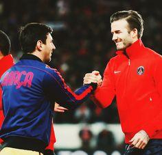 Messi saludant Beckham. Dos cavallers dins i fora del camp