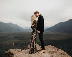 i'm high on loving you by karlierae Formal Engagement Photos, Engagement Photo Poses, Engagement Pictures, Engagement Shoots, Anniversary Photography, Anniversary Pictures, Cute Wedding Ideas, Portrait Inspiration, Couple Shoot