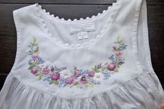 Baby Frock Pattern, Baby Dress Patterns, Nightgown Pattern, Baby Frocks Designs, Kids Frocks Design, Kids Dress Wear, Little Girl Dresses, Baby Girl Frocks, Baby Dress Design