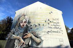 Wall Poetry '16: Herakut in Reykjavik #streetart @Herakut https://streetartnews.net/2016/10/wall-poetry-16-herakut-in-reykjavik.html …