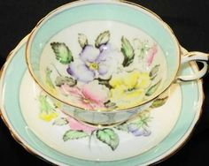 Paragon Royal Pink Yellow Mauve Sweet Pea Wide Green Footed Tea Cup and Saucer