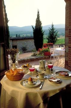 Breakfast in Tuscany.
