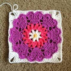 Resultado de imagem para heart square crochet