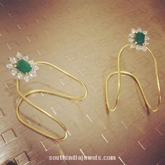 Gold Vanki from Parnicaa,i want ds in my jwell box Kids Gold Jewellery, Real Gold Jewelry, Gold Jewelry Simple, Gold Jewellery Design, Kids Jewelry, Trendy Jewelry, Indian Jewelry, Baby Jewelry, Designer Jewellery