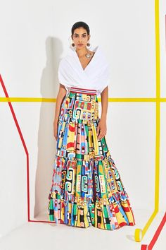 See the entire Stella Jean resort 2020 collection. Image credit: courtesy of Stella Jean Fashion 2020, Look Fashion, Runway Fashion, Womens Fashion, Fashion Design, Fashion Trends, Fashion Tips, Chic Outfits, Fashion Outfits