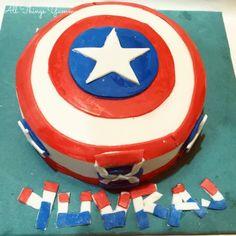 Cartoon Cakes - Captain America Cake with Fondant Art | All Things Yummy #allthingsyummy #fondant #captainamerica #cake #cartoon