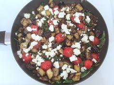 Dagens ret er en dejlig sommerlig let grønsagsret med udgangspunkt i quinoa og aubergine. Det er mad der passer fint til det lune vejr, vi ...