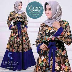 62 Model Gamis Batik Terbaru Populer 2020 – CuanLagi.Com Batik Couple, Batik Solo, Kebaya Muslim, Batik Fashion, Code Black, Cute Princess, Instagram Fashion, Instagram Posts, Fashion Studio