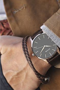 Forget performance, a luxurious watch attached to a wrist just always appears to be a significant enhancement to any wardrobe. Brand names like Rolex and Cartier carry an air of authority that real… Most Popular Mens Watches, Best Watches For Men, Luxury Watches For Men, Cool Watches, Cheap Watches, Patek Philippe, Cartier, Elegant Watches, Beautiful Watches
