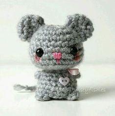 Baby Gray Mouse Kawaii Mini Amigurumi Plush by twistyfishies, (Not available but lovely inspiration). Kawaii Crochet, Crochet Mouse, Love Crochet, Diy Crochet, Crochet Crafts, Crochet Dolls, Yarn Crafts, Kawaii Diy, Amigurumi Patterns
