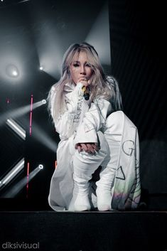 CL (ex 2NE1)