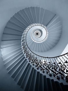 Spiral stair top views