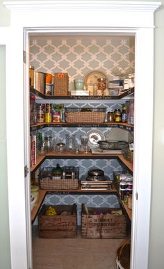 Pantry Organization - Slippers by Day @Lisa Phillips-Barton Phillips-Barton Phillips-Barton Rose I can see your pantry looking like this!