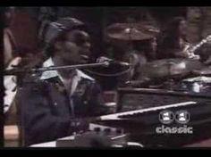 Stevie Wonder - Superstition - Live on TV 1973 Pop Rock Music, Music Love, Listening To Music, Music Is Life, Stevie Wonder Superstition, Make A Joyful Noise, Rock Videos, 70s Music, Ol Days