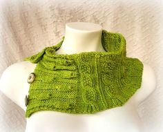 knitting from LaboutiquedeJosefina on Etsy. Gorgeous knitting patterns! Can't wait to try this one.