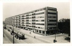 Prague Photos, Heart Of Europe, Oscar Niemeyer, Le Corbusier, Travertine, Old Pictures, Historical Photos, Czech Republic, Vintage Images