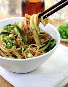 Healthy Ginger Scallion Noodles - cHow Divine