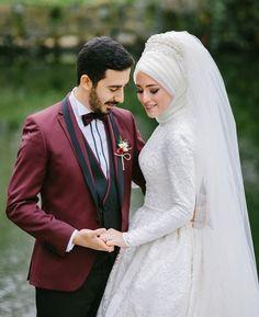 Wedding Photography Poses, Wedding Poses, Wedding Photoshoot, Wedding Couples, Bridal Hijab, Hijab Wedding Dresses, Hijab Bride, Muslim Brides, Muslim Couples