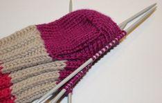 Tabell for skostørrelse og lengde på sokker – Boerboelheidi Knitting Stitches, Lana, Knitted Hats, Diy And Crafts, Homemade, Leggings, Fashion, Tejidos, Prepping