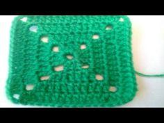Primer granny tejido a crochet para principiantes / crochet Granny for beginners! Granny Square Poncho, Granny Square Tutorial, Crochet Home, Crochet Granny, Knit Crochet, Crochet Videos, Diy And Crafts, Blanket, Knitting