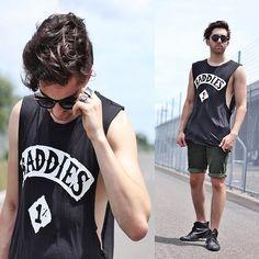 #coachella Fashion Boots, Men's Fashion, Fashion Outfits, Festival Style, Festival Fashion, Coachella Men, Sinulog, Green Shorts, Black Leather Boots