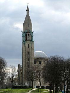 Église du Sacre Coeur, former chapel of the Cité Universitaire in Paris