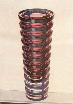 Extraordinary geometrical glass vase designed by czech designer Milos Filip for Borske sklo in 1961 Modern Glass, Retro Art, Glass Collection, Glass Design, Czech Glass, Vases, Glass Art, Sculptures, Bohemian