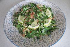 Корисна, поживна і, головне, дуже смачна – саме з такою стравою ліванської кухні я вас сьогодні познайомлю. Мова йде про один з найпопулярніших на Сході салатів – «Табуле». Sprouts, Vegetables, Food, Essen, Vegetable Recipes, Meals, Yemek, Veggies, Eten