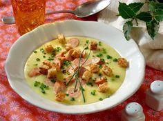 Eine leckere Blumenkohlsuppe zur Vorspeise oder auch als Hauptgang, très bien!