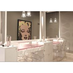 Bathroom home decor Marilyn monroe