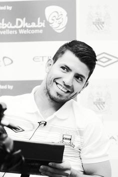Kun Aguero So cuteee . Can't believe he is 30 years now . Ankara Styles For Kids, Trendy Ankara Styles, Football Boys, World Football, Sergio Aguero, Kun Aguero, Premier League Champions, Slicked Back Hair, Son In Law