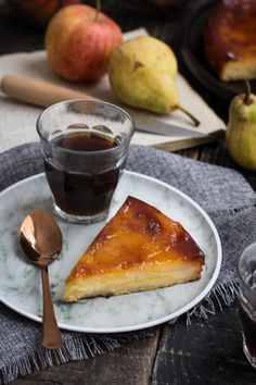 Fondant pomme, poire caramélisé Sweet Recipes, Cake Recipes, Healthy Recipes, Cheesecakes, Food To Make, Deserts, Food And Drink, Pudding, Sweets