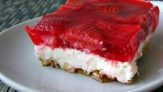 Strawberry Pretzel Salad - This is a great salad for your BBQ, Pot Luck, Picnic, or really anytime.  Enjoy!
