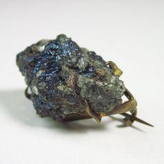 // c. 1900 mineral brooch