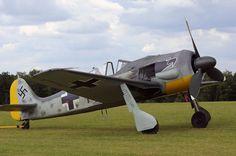 Focke Wulf FW190 replica. Aircraft Propeller, Ww2 Aircraft, Military Aircraft, Ta 152, Focke Wulf 190, Ww2 History, Ww2 Planes, Luftwaffe, Helicopters