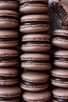 Classic French chocolate macarons are filled with creamy dark chocolate ganache for a delicious chocolate treat. Learn how to master homemade chocolate macarons in your own kitchen! Chocolate Buttercream Cake, Fluffy Chocolate Cake, Chocolate Ganache Filling, French Chocolate, Chocolate Pies, Chocolate Cream, Best Chocolate, Homemade Chocolate, Delicious Chocolate