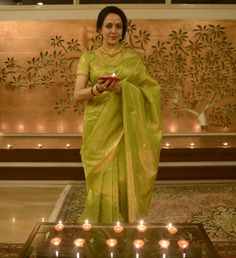 the epitome of south indian beauty, grace, +poise - Hema Malini...the eternal Indian Dream Girl
