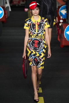 Moschino - Spring 2016 Ready-to-Wear