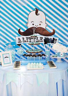 """Una fiesta """"moustache"""" para el pequeño de la casa"""