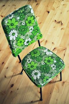Who had these flower power chairs in the 70's? Ours were yellow an orange to match the rest of my moms kitchen decor :)