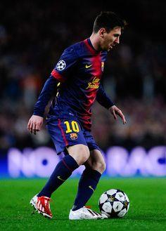Lionel Messi favorite soccer player ever!!!