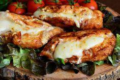 10 moduri delicioase in care poti pregati pieptul de pui Romanian Food, Romanian Recipes, Mozzarella, Spinach Stuffed Chicken, Chicken Recipes, Goodies, Food And Drink, Meat, Chicken