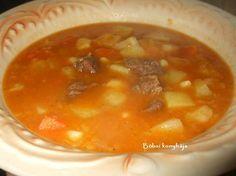 Sárgaborsó gulyás - Böbsi konyhája Goulash, Cheeseburger Chowder, Thai Red Curry, Ethnic Recipes, Food, Essen, Meals, Yemek, Eten