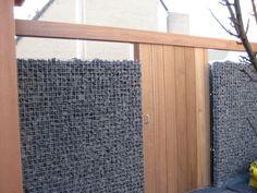 Schanskorf - met hout ertussen om het wat warmer te maken?