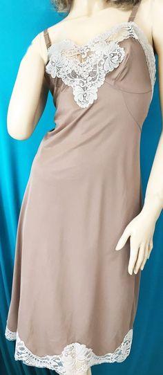 VTG Style French Budoir Mini SHINY LACY SATIN 2 Tone Half Sissy Slip Skirt  M L